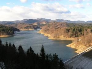 Lokvarsko jezero i Risnjak - apartman Sara